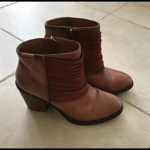PIKOLINOS Shoes - Pikolinos Alicante Ankle Boot - Sz. 39 (8.5/9)